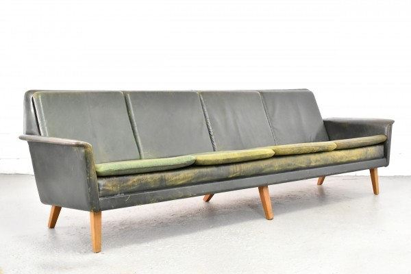 Green leather 4-seater sofa by Folke Ohlsson for Fritz Hansen 1960s