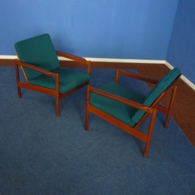 Set of 2 Teak Chairs by Borge Jensen for Magnus Olesen, 1960s