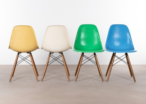 Set of 4 DSW dinner chairs by Charles & Ray Eames, 1970s