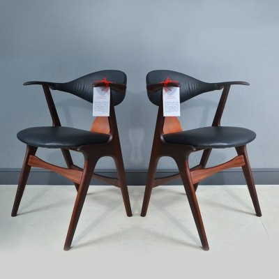 Cowhorn chairs by Louis van Teeffelen for AWA