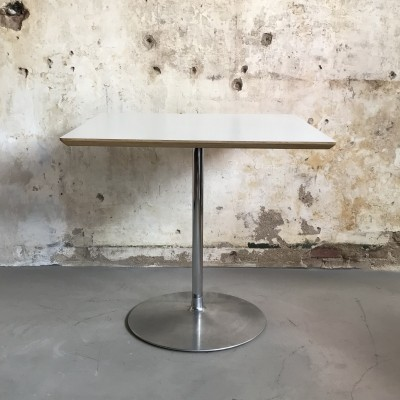 Artifort Circle 2 Dining Table by Pierre Paulin, 1968