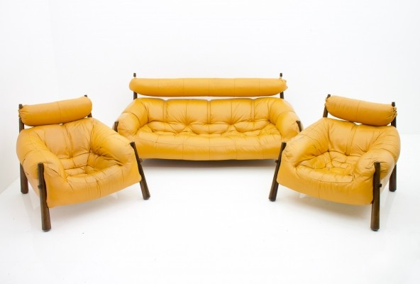 Sofa & Two Lounge Chairs MP-81 by Percival Lafer