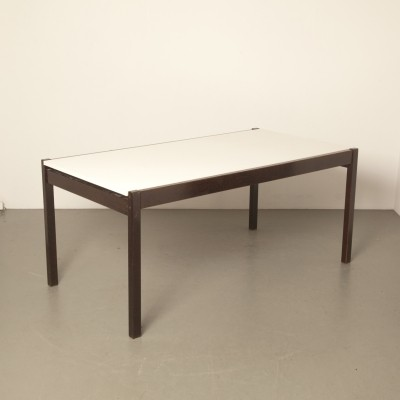 Te53 extendable table by Martin Visser for Spectrum