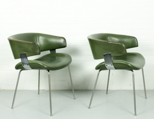 Set of 2 F63 Geoffrey Harcourt for Artifort in leather