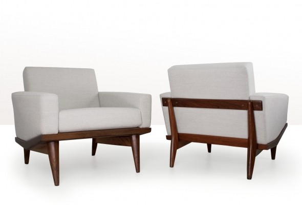 Illum wikkelsø pair of lounge chairs in grey fabric, 1962