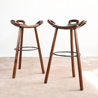 Spanish brutalist bar stool in stained beech