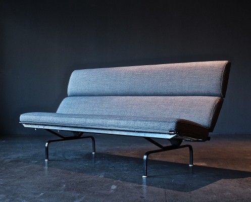 S-73 Compact sofa by Charles & Ray Eames for Herman Miller, 1950s
