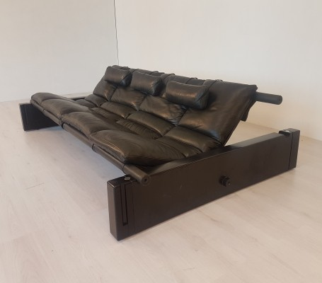 Black leather 'Positiv' sofa by Vittorio Mazzucconi for ICF Padova