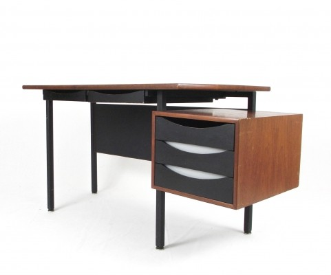 Campo & Graffi Italian desk with perspex details