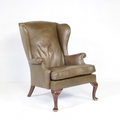 Queen Ann Style Vintage Leather Lounge Chair by Parker Knoll