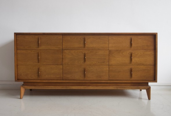 American of Martinsville Sideboard with Nine Drawers
