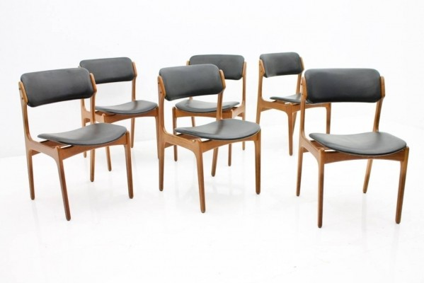 Set of Six Dining Room Chairs in Teak Wood & Black Leather by Erik Buch, Denmark