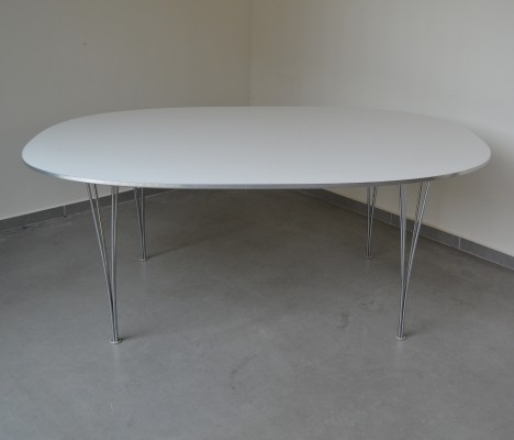 Super elliptical dining table by Piet Hein & Bruno Mathsson, 1989