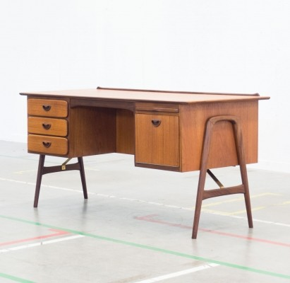 Boomerang writing desk by Louis van Teeffelen for Wébé, 1950s