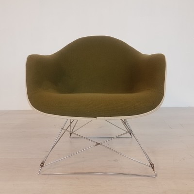 LAR chair by Charles & Ray Eames for Herman Miller, 1950s