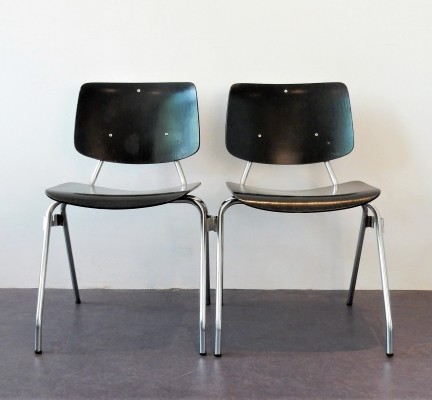 Set of 2 model 315 chairs by Kho Liang Ie for CAR, 1957