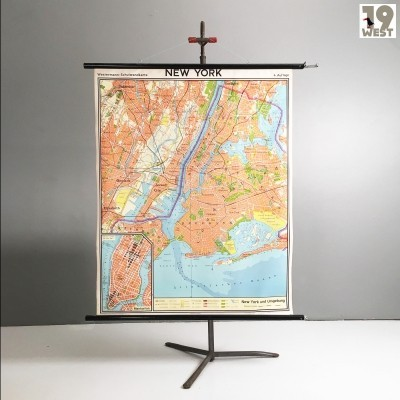 School wall map of New York from 1972 by Westermann
