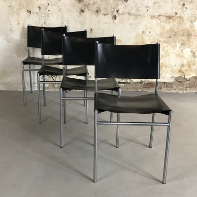 Four SE06 Patinated Saddle Leather Chairs by Martin Visser for 't Spectrum