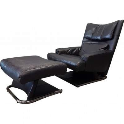 Rolf Benz Leather lounge chair with ottoman