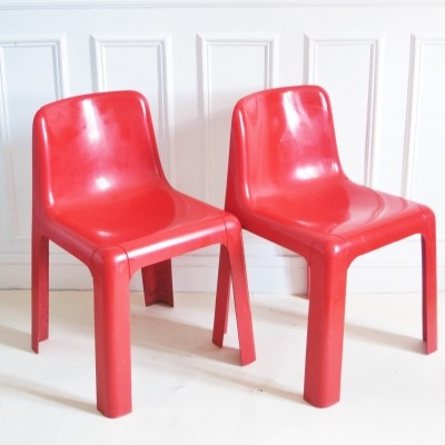 Red Ozoo 700 Chairs by Marc Berthier