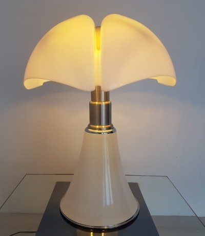 Pipistrello lamp by Gae Aulenti, 1960s