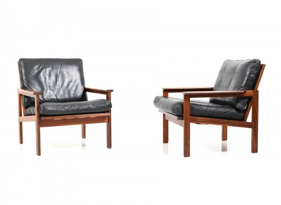 Pair of Illum Wikkelsø Capella Lounge Chairs in Rosewood & Black Leather