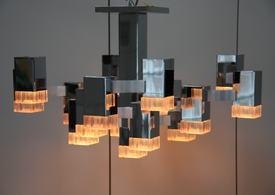 Chandelier with 17 light units by Sciolari, 1970's