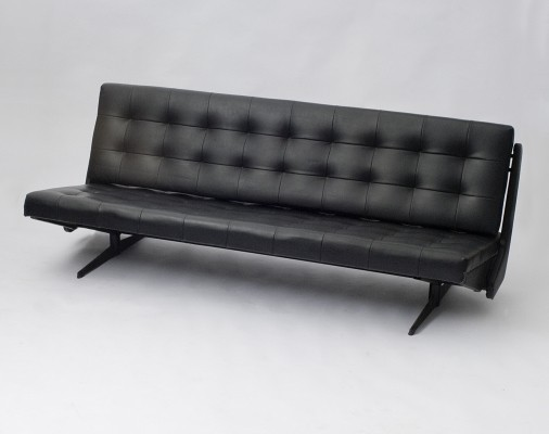 Spojene UP Zavody sofa, 1970s