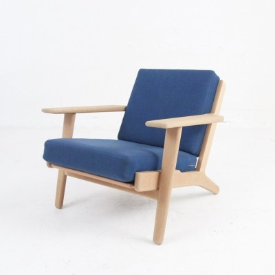 Model GE 290 Lounge chair in oak by Hans J. Wegner, 1953