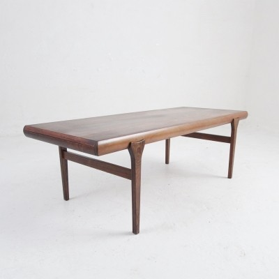 Danish mid century coffee table in rosewood by Johannes Andersen