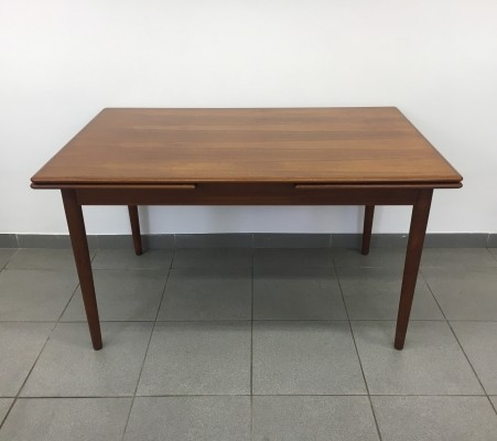 Farstrup Danish mid-century extendable dining table