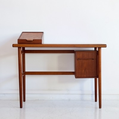 Danish Dressing Table in Teak with Mirror