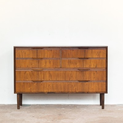 Long Danish chest of drawers in rosewood