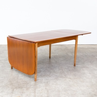 Rare Hans Wegner drop leaf dining table