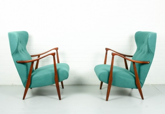 Set of 2 vintage lounge chairs in vibrant green color, 1960s