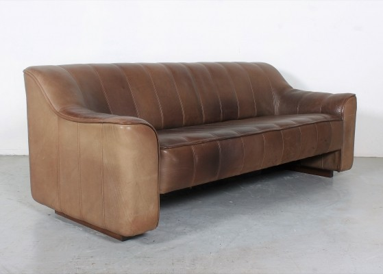 Heavy duty De Sede DS44 sofa with extensible seat in neckleather