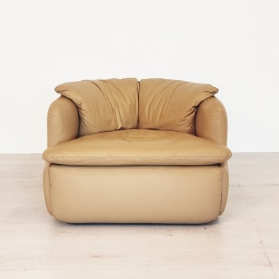 Confidential Lounge chair by Alberto Rosselli for Saporiti