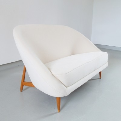 Theo Ruth Artifort sofa Model 115 in white velvet 1959, The Netherlands