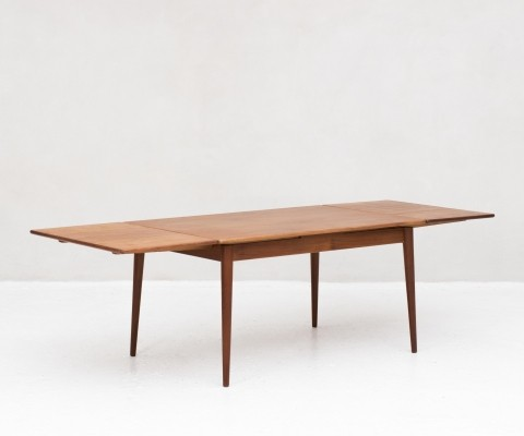 Extendable dining table produced in Denmark, 1960