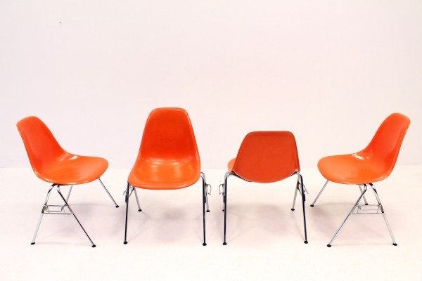 Set of 4 DSS dinner chairs by Charles & Ray Eames for Herman Miller, 1970s