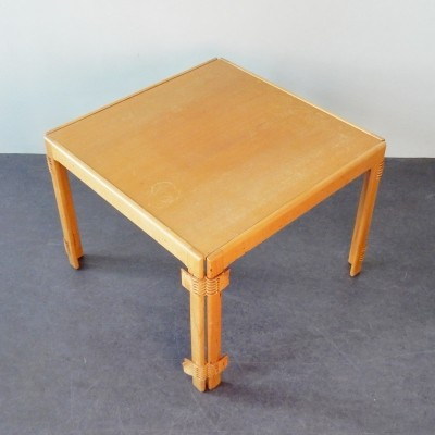Foldable wooden frame coffeetable with leather joints