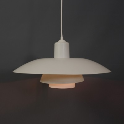 PH4 hanging lamp by Poul Henningsen