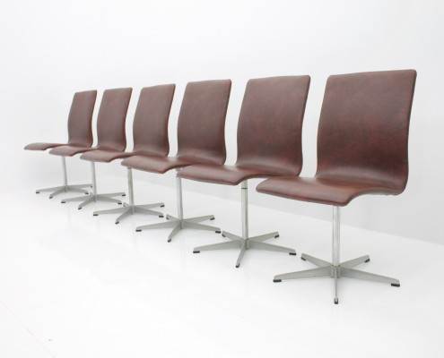 Set of Six Arne Jacobsen Oxford Chairs by Fritz Hansen Denmark