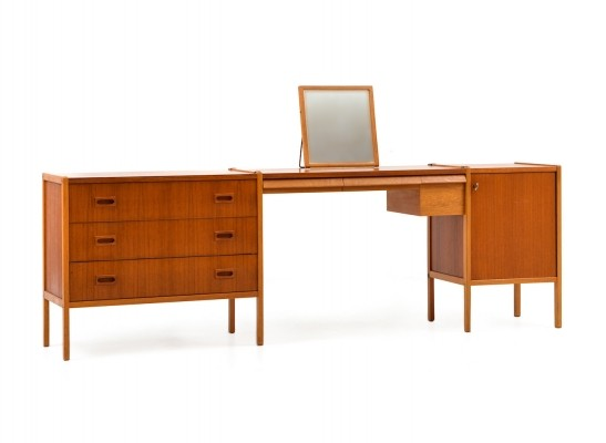 Mid century Scandinavian Dressing Table in Teak & Oak by Bertil Fridhagen