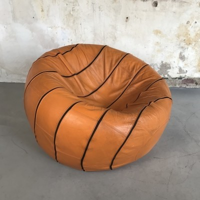 Leather Lounge Ball by Edwin Niekel & Taco Regien for Leolux, 1980s