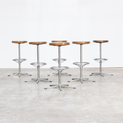 Set of 6 Mid century chrome framed stools with wooden seat
