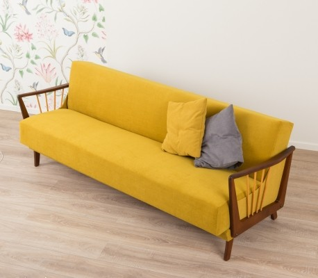 Sofa/daybed in mustard colors, 1950s