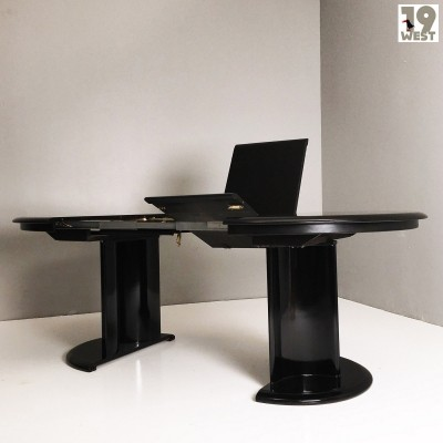 Extendable dining table from the 1970's by Lübke