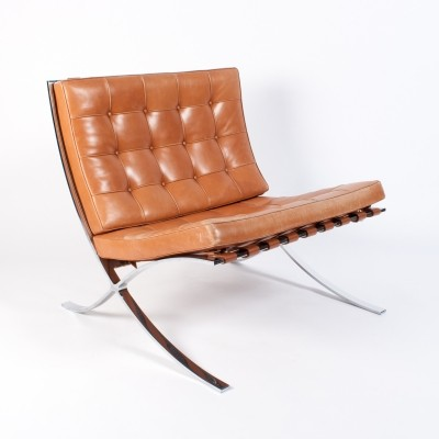 Cognac Leather Barcelona chair by Ludwig Mies van der Rohe for Knoll, 1990s