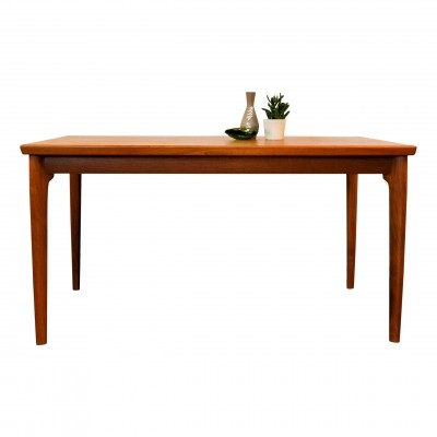 Vintage Danish design Grete Jalk teak extendable dining table